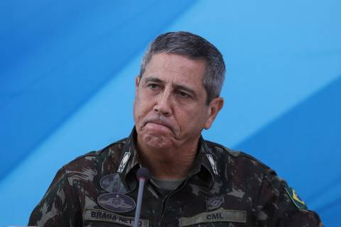 The General in charge of the military intervention in Rio de Janeiro Walter Souza Braga Netto, speaks during a press conference after Brazilian President Michel Temer signed a decree to send in the army to lead public safety in Rio de Janeiro state, at the Planalto Palace in Brasilia, on February 16, 2018.