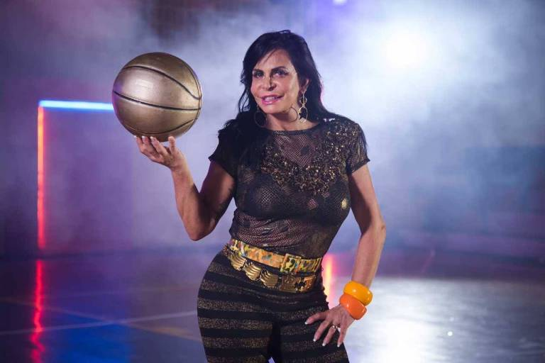 "Gretchen participa do novo clipe da canção ""Swish Swish"" de Katy Perry"