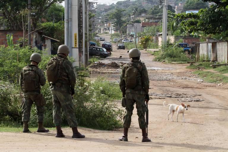 Tropas federais foram  destacadas para a favela 4 dias antes das mortes