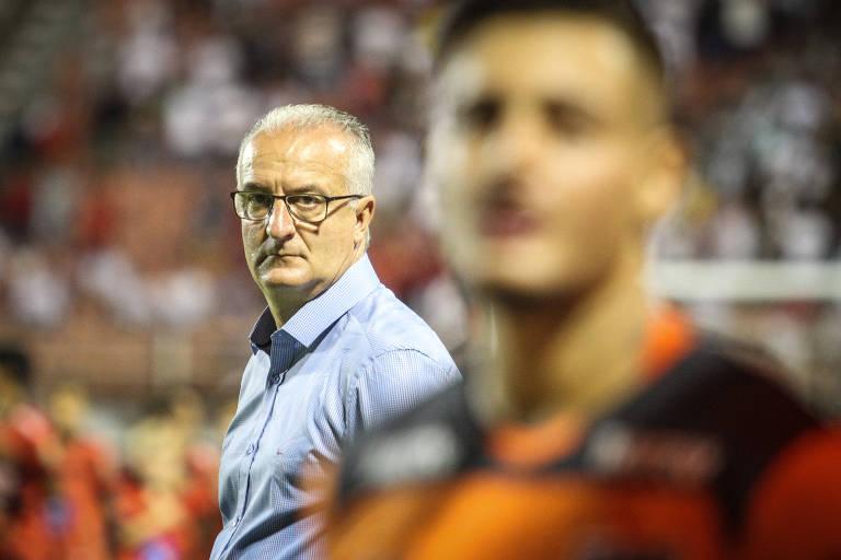 O técnico Dorival Júnior durante a derrota por 2 a 1 do São Paulo contra o Ituano, no estádio Novelli Júnior, em Itu