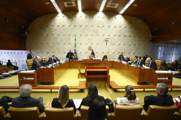 Sessão plenária no Supremo Tribunal Federal