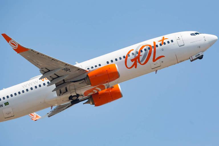 Avião da Gol Linhas Aéreas decola do Aeroporto de Congonhas, na zona sul de São Paulo (SP)