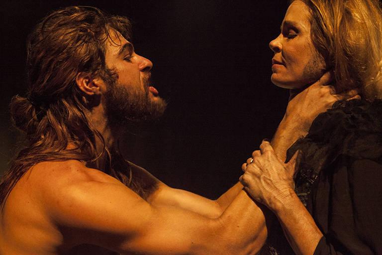 """Peça """"Senhora dos Afogados"""", em montagem do diretor Jorge Farjalla"""