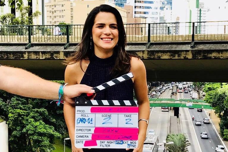"""Natália Leite, apresentadora do """"Superpoderosas"""", que estreia em março na Band"""