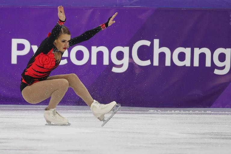 A patinadora brasileira Isadora Williams durante os Jogos de Inverno de PyeongChang