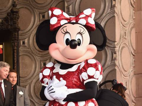 HOLLYWOOD, CA - JANUARY 22: Disney's Minnie Mouse celebrates her 90th anniversary with a star on the Hollywood Walk of Fame on January 22, 2018 in Hollywood, California.   Alberto E. Rodriguez/Getty Images/AFP == FOR NEWSPAPERS, INTERNET, TELCOS & TELEVISION USE ONLY ==