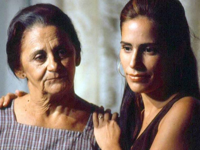 Na novela 'Mulheres de Areia', Laura Cardoso era a amargurada Isaura, mãe das gêmeas Ruth e Raquel, interpretadas por Gloria Pires