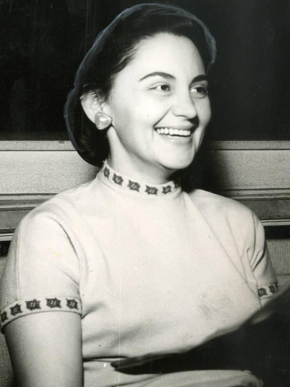 A atriz Laura Cardoso, em foto de 1957