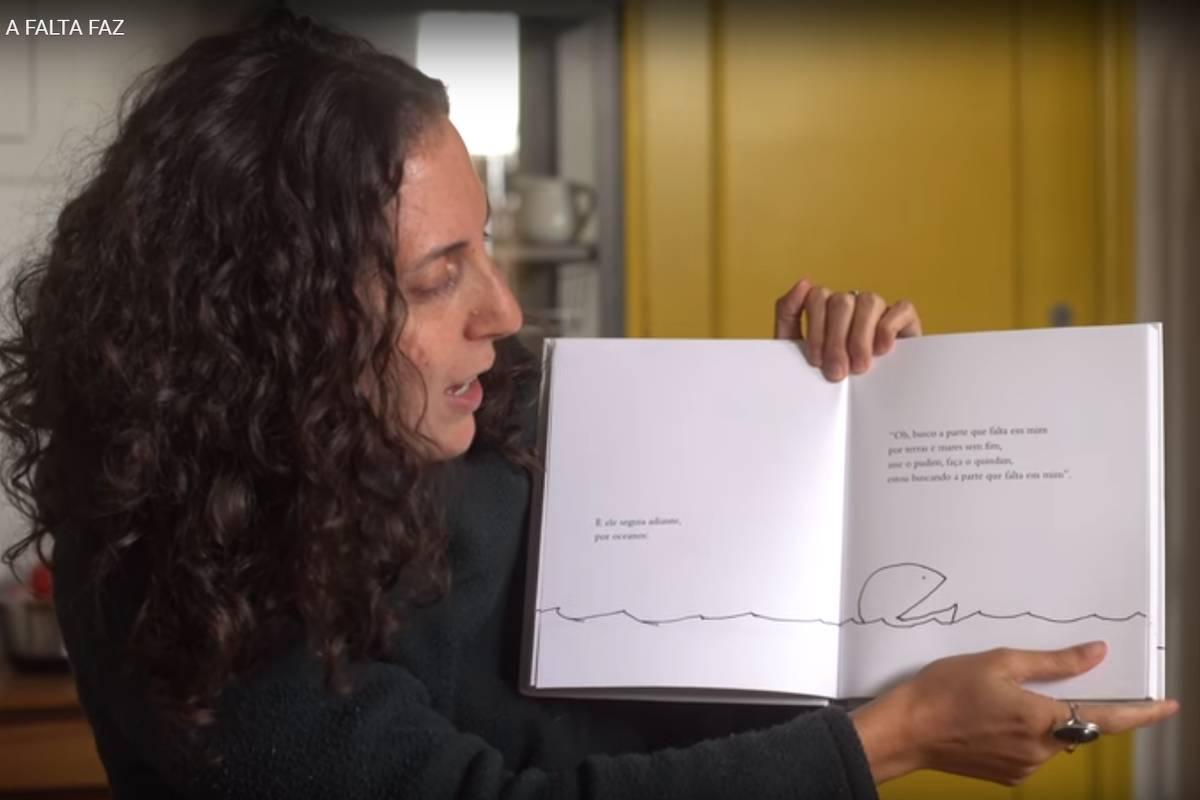 Vídeo De JoutJout Sobre Livro Infantil 'A
