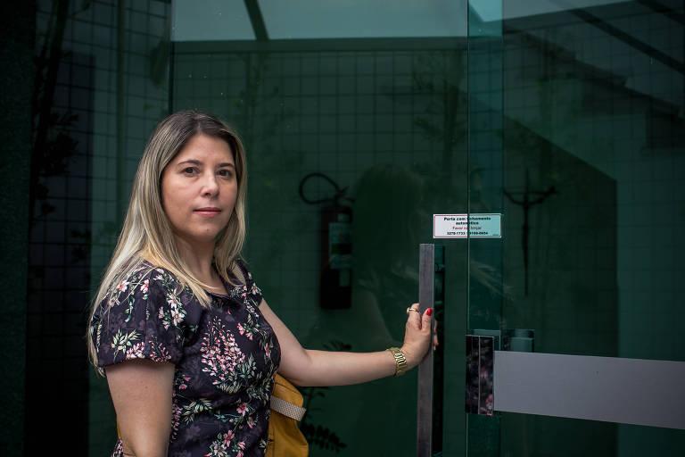 A administradora Cristina Portes, que passou do remédio biológico para o biossimilar