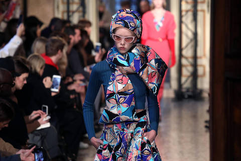 A model wears a creation part of the Emilio Pucci women's Fall/Winter 2018-2019 collection, presented during the Milan Fashion Week, in Milan, Italy, Thursday, Feb. 22, 2018.(Matteo Bazzi/ ANSA via AP) ORG XMIT: ANS105