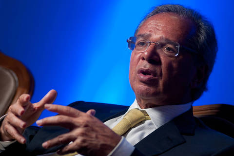 'O governo é muito grande, bebe muito combustível', diz economista de Bolsonaro