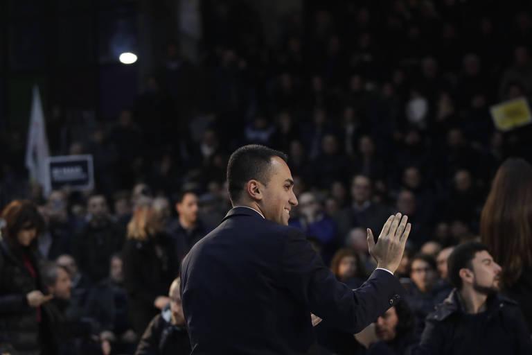 Cinco Estrelas cresce como partido na Itália, apesar de escândalos