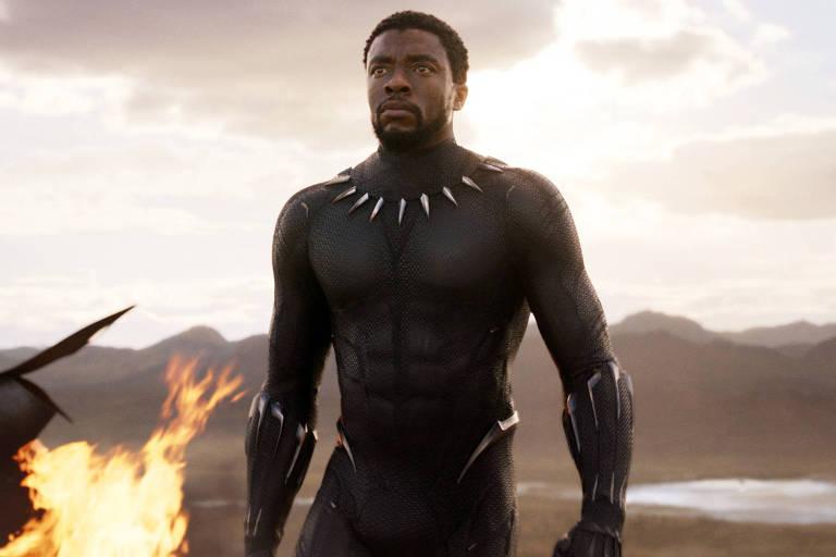 """Chadwick Boseman vive príncipe T'Challa no longa """"Pantera Negra"""""""