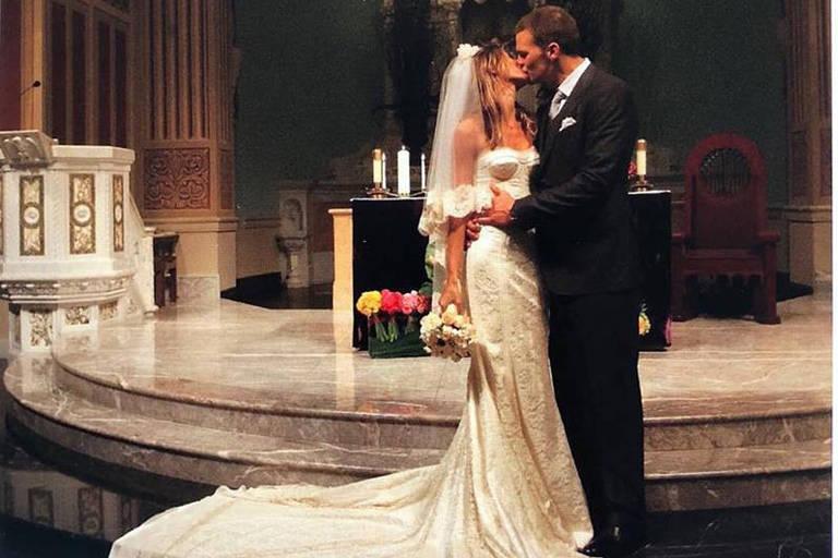Gisele Bündchen e Tom Brady, na igreja de Santa Mônica, na Califórnia