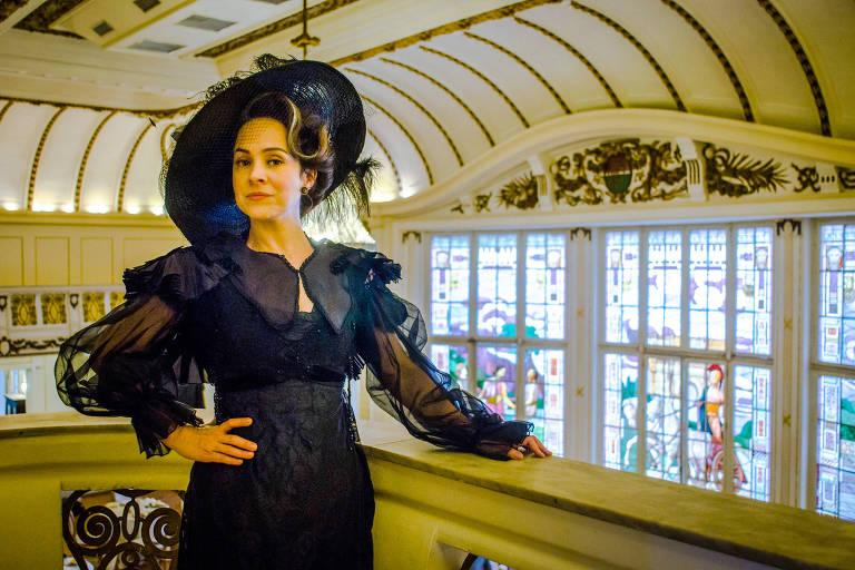 Julieta Bittencourt (Gabriela Duarte) é a Rainha do Café na novela 'Orgulho e Paixão'