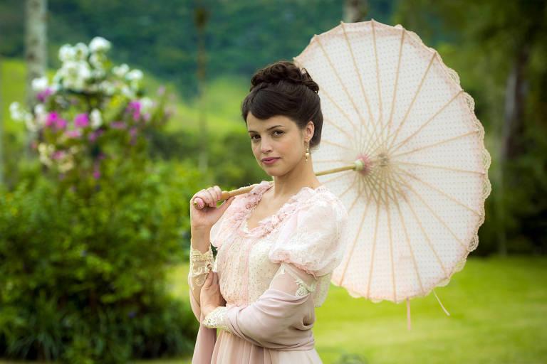 Ema (Agatha Moreira) em cena de 'Orgulho e Paixão'