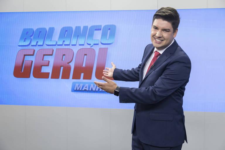 Bruno Peruka no cenário do Balanço Geral Manhã (Record)
