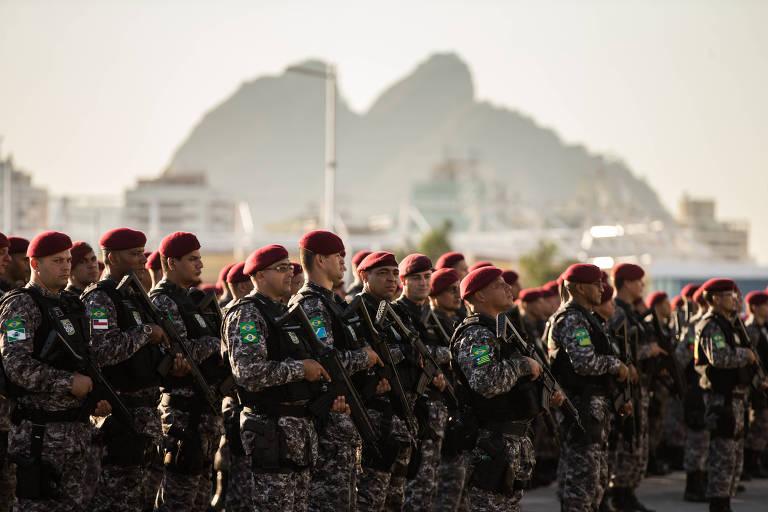 Chegada de membros da Força Nacional ao Rio de Janeiro para assumir a segurança na cidade durante a Olimpíada