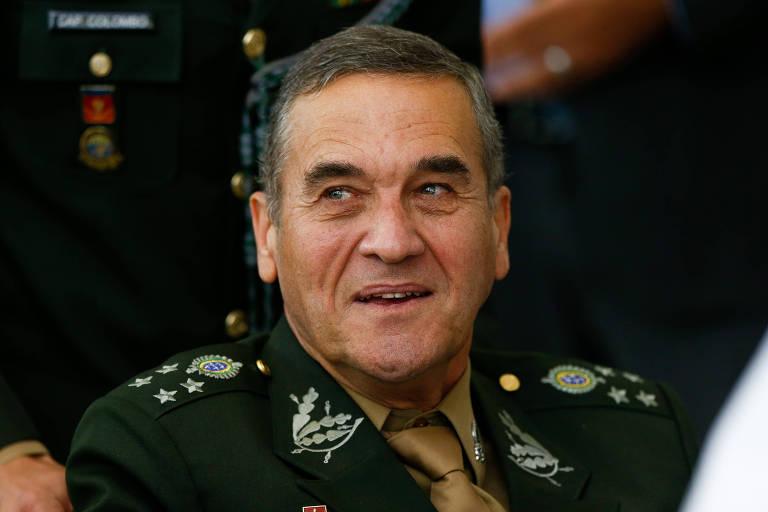 O comandante do Exército Eduardo Villas Boas