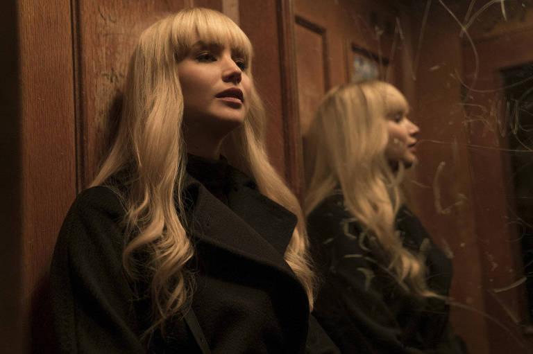 """Jennifer Lawrence em cena de """"Operação Red Sparrow"""", de Francis Lawrence"""