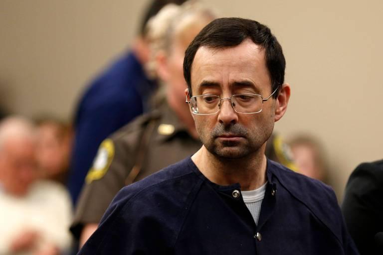 Larry Nassar durante seu julgamento em corte de Lansing, em Michigan