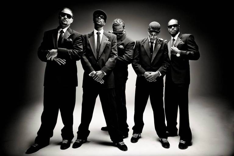 O grupo americano de rap Bone Thugs-n-Harmony faz show no Bulls Club