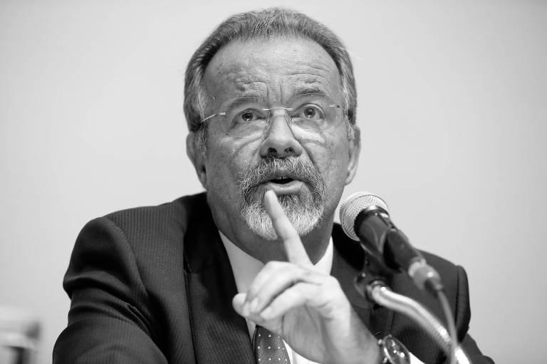 O ministro da Segurança Pública, Raul Jungmann, durante entrevista coletiva para anunciar as primeiras medidas da pasta