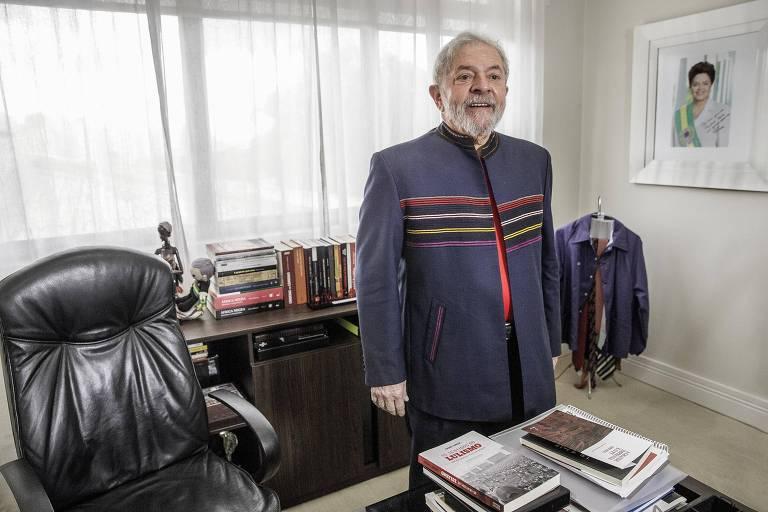 PT deve apresentar Lula como candidato na TV mesmo que o TSE decida contra
