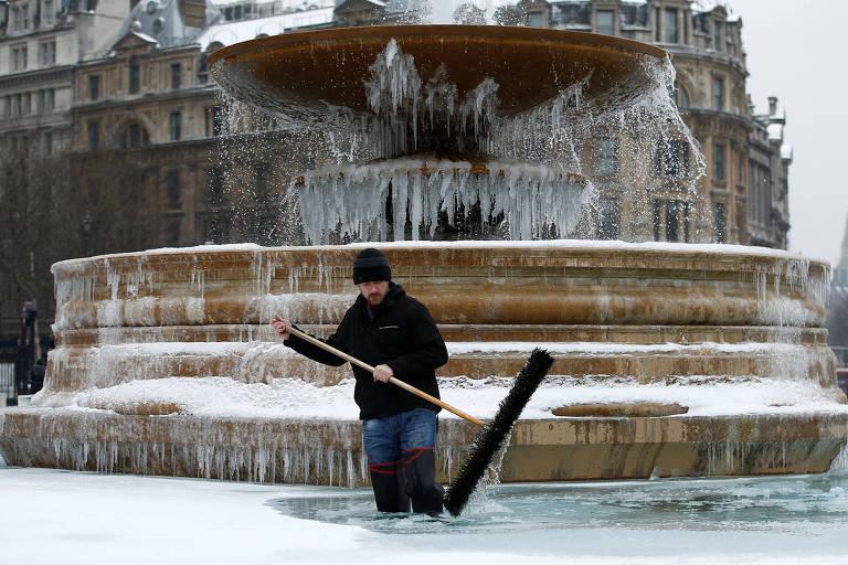 Frio e neve na Europa