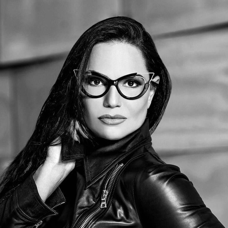 Imagens da ex-modelo Luiza Brunet