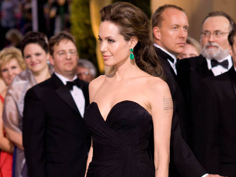 """Angelina Jolie, nominated for Actress in a Leading Role for her role in """"Changeling""""  attends the 81st Annual Academy Awards® at the Kodak Theatre in Hollywood, CA Sunday, February 22, 2009 airing live on the ABC Television Network. Maria Cecilia DIREITOS RESERVADOS. NÃO PUBLICAR SEM AUTORIZAÇÃO DO DETENTOR DOS DIREITOS AUTORAIS E DE IMAGEM"""