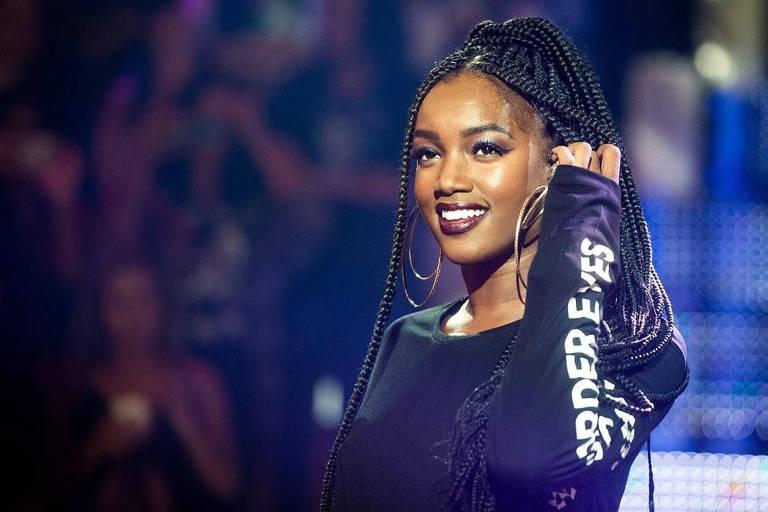 A cantora Iza no programa Caldeirão do Huck, da Globo