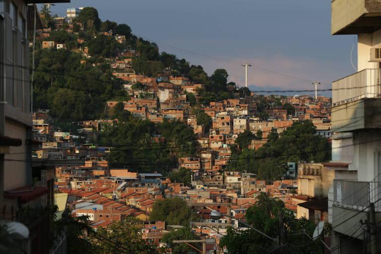 Vista do Complexo do Alemão, zona norte do Rio de Janeiro