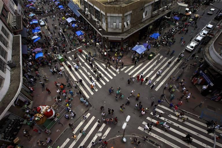 Intenção de consumo em São Paulo cai em junho