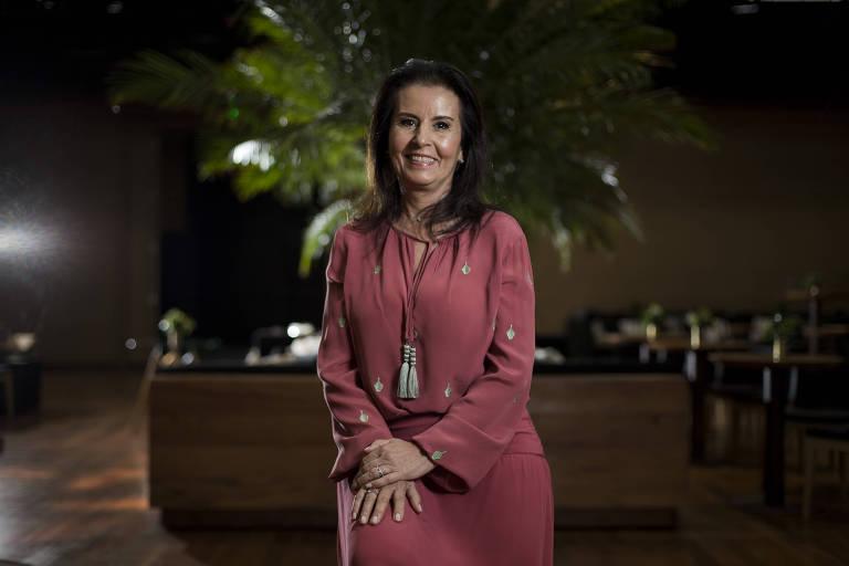A empresária Maria José de Sá Del-Debbio posa em evento no hotel Unique, em SP