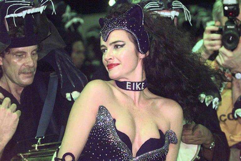 Luma homenageia o ex-marido, Eike Batista, no Carnaval de 1998