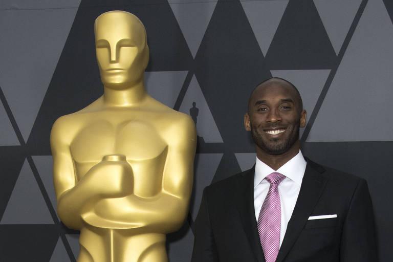 Kobe Bryant, criador e narrador de 'Dear Basketball'