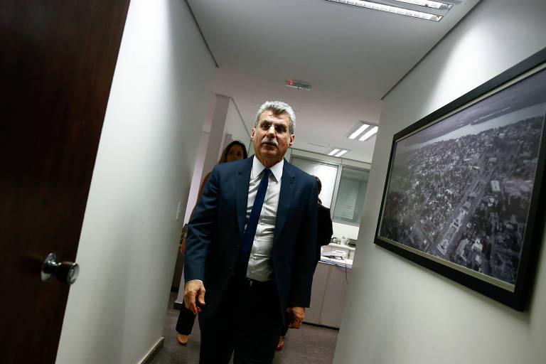 O líder do governo no Senado, senador Romero Jucá (MDB-RR), durante coletiva de imprensa para anunciar que a votação da reforma da Previdência seria adiada