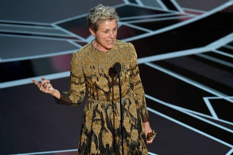 """Frances McDormand ganhou troféu na categoria melhor atriz por """"Três Anúncios para um Crime"""""""