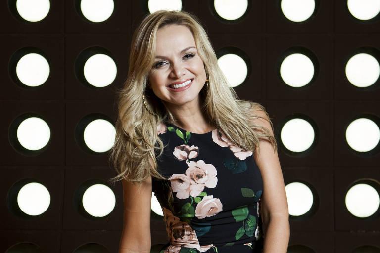 A apresentadora Eliana; clique para ver mais fotos