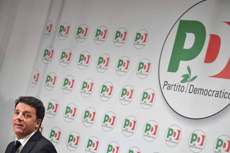 O ex-premiê e líder do Partido Democrático Matteo Renzi em entrevista coletiva em Roma