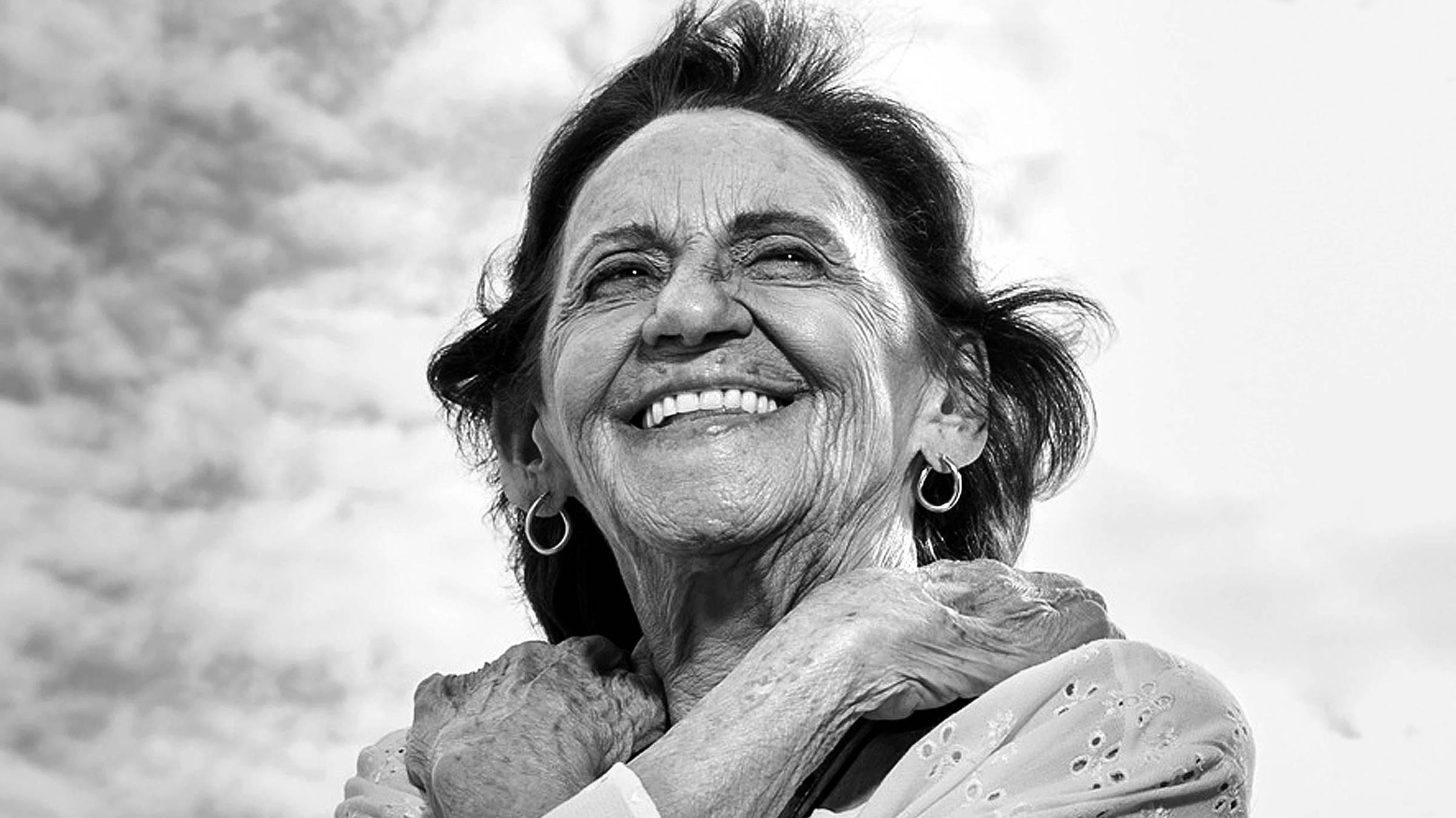 """Laura Cardoso na novela """"Sol Nascente"""""""