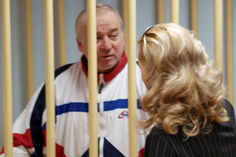 Serguei Skripal no dia de sua condenação, na Rússia, em 2006; ele fora condenado a 13 anos de prisão por passar informações ao serviço secreto britânico