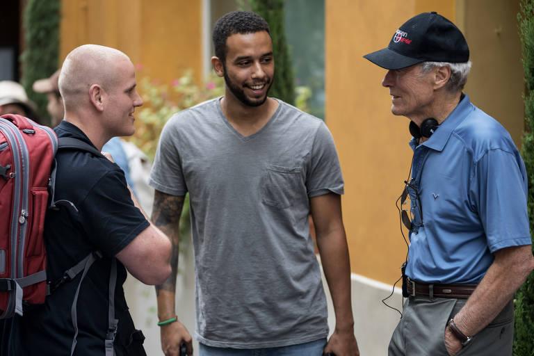 "Clint Eastwood conversa com atores de ""15h17 – Trem para Paris"""