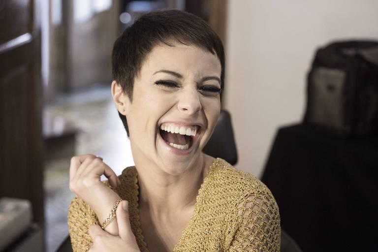 A atriz Andrea Horta como Elis Regina