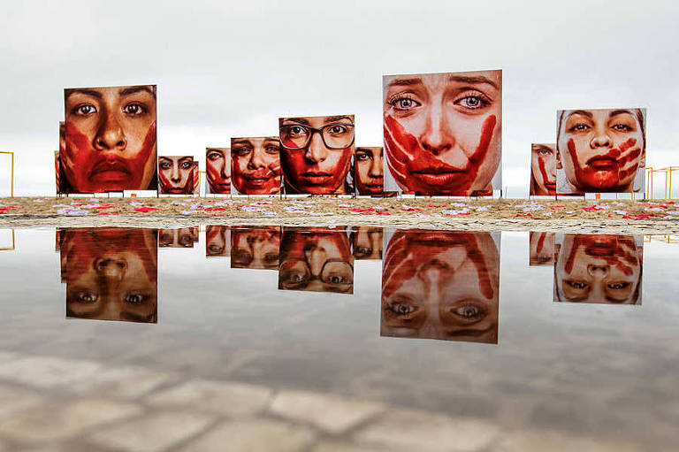 Protesto contra abusos sofrido por mulheres promovido pela ONG Rio de Paz