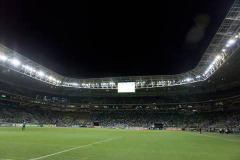 SAO PAULO, SP, BRASIL. 15-02-2018. 21h16min24s.   - Palmeiras e Linense pela 7ª rodada do Campeonato Paulista 2018 no Allianz Parque - . (foto: Rubens Cavallari/Folhapress, VENCER, ** PAUTA DO DIA **). ***EXCLUSIVO AGORA***EMBARGADA PARA VEICULOS ON LINE***UOL E FOLHA.COM E FOLHAPRESS CONSULTAR FOTOGRAFIA DO AGORA SÃO PAULO***f: 3224-2169, 3224-3342. *filename:_MG_4709.CR2*  (TRAX NUMBER: 552069) ORG XMIT: _MG_4709.CR2