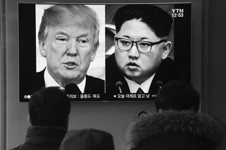 Reportagem sobre encontro entre o presidente dos EUA, Donald Trump, e o ditador norte-coreano, Kim Jong-un, é assistida em Seul, na Coreia do Sul