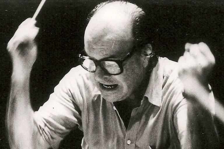 O compositor Claudio Santoro